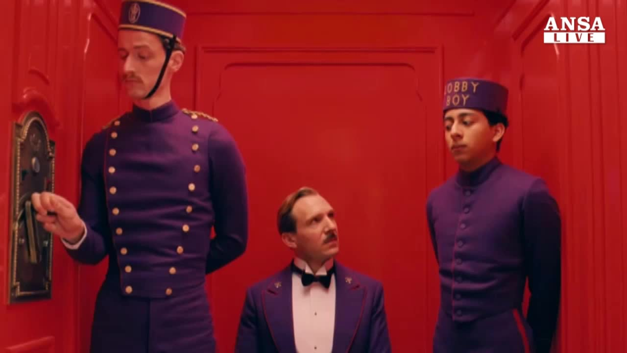 Arriva l'albergo a colori di Wes Anderson