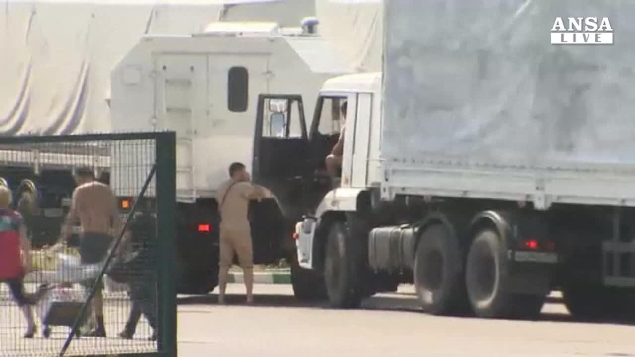 Mosca forza blocco Kiev, camion in Ucraina
