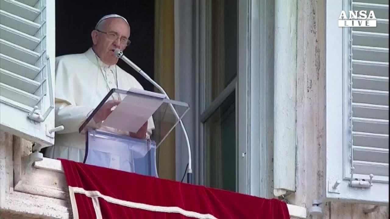Papa lancia partita della pace all'Olimpico