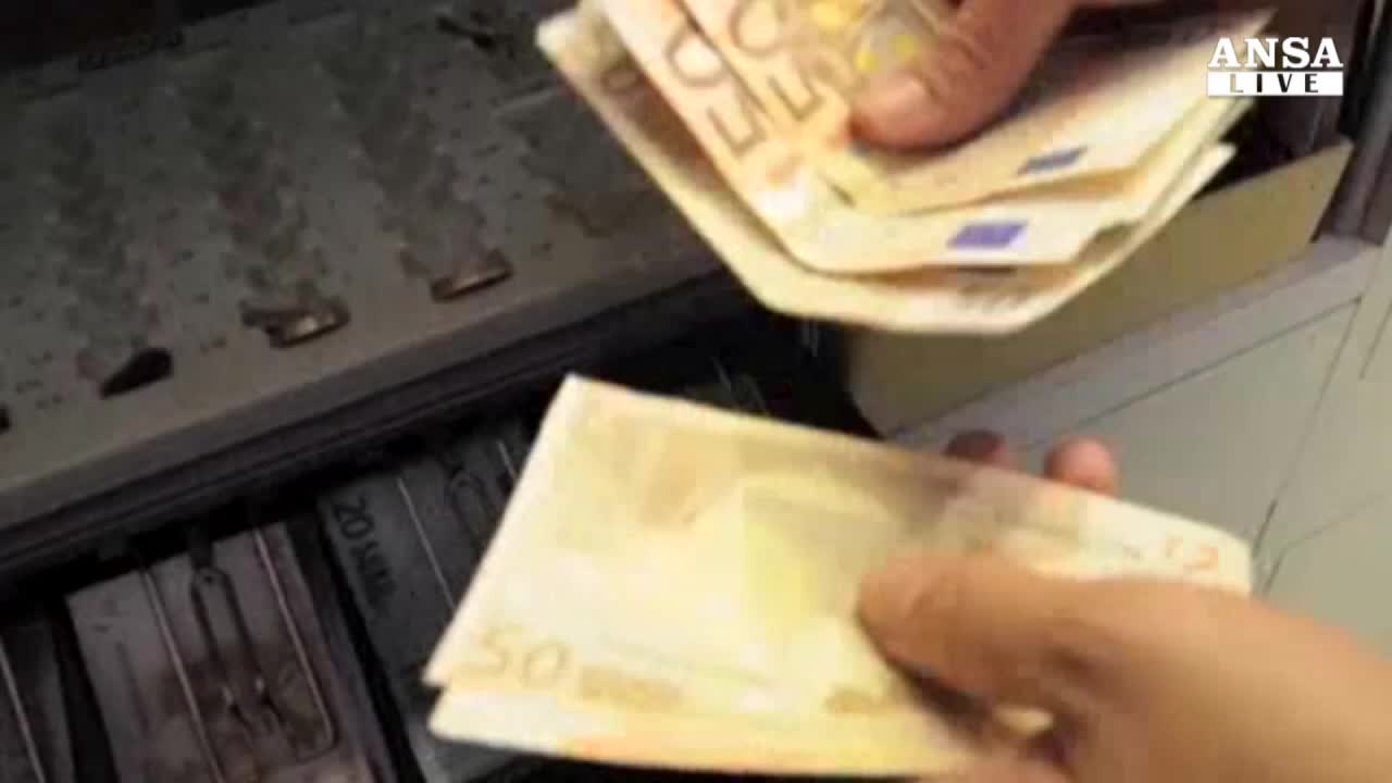 Bce: sale rischio deflazione Ue
