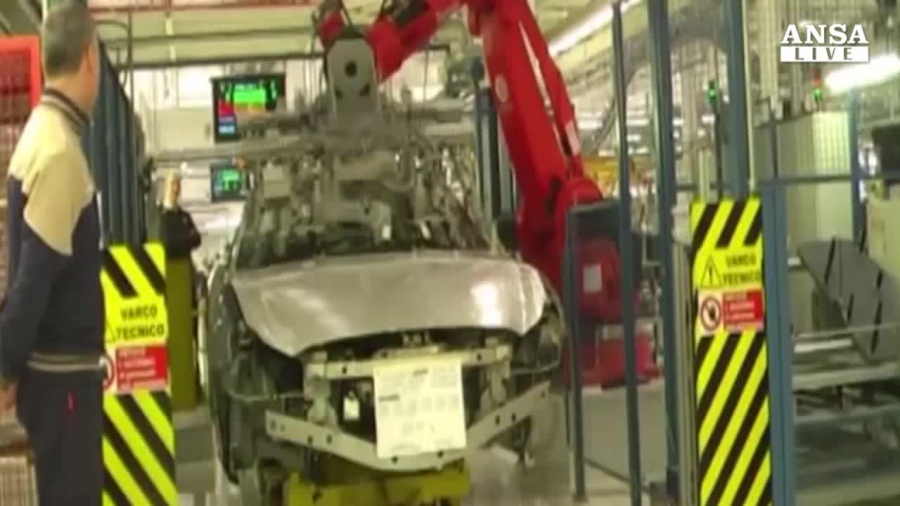 Auto: mercato Italia si ferma, agosto pesante per Fiat