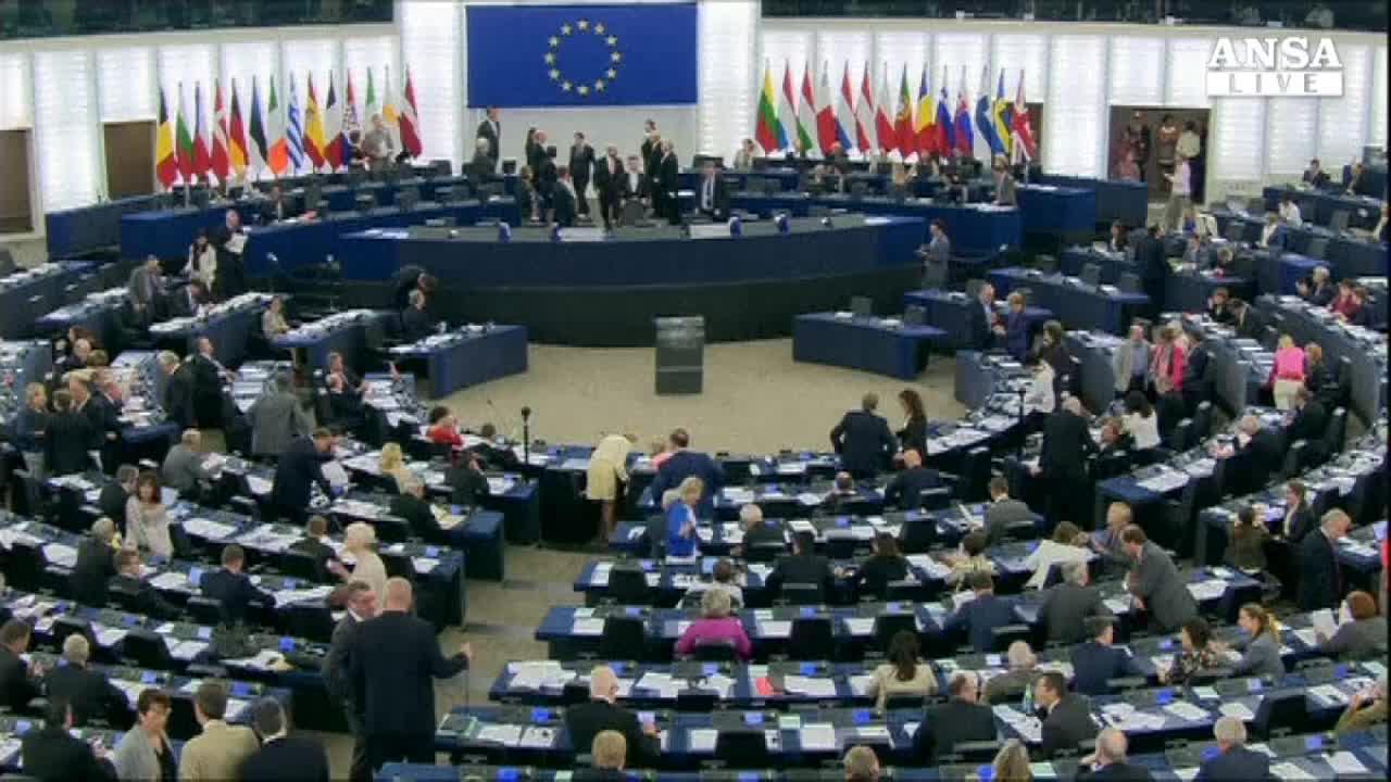 Europarlamento ratifica accordo associazione con Ucraina