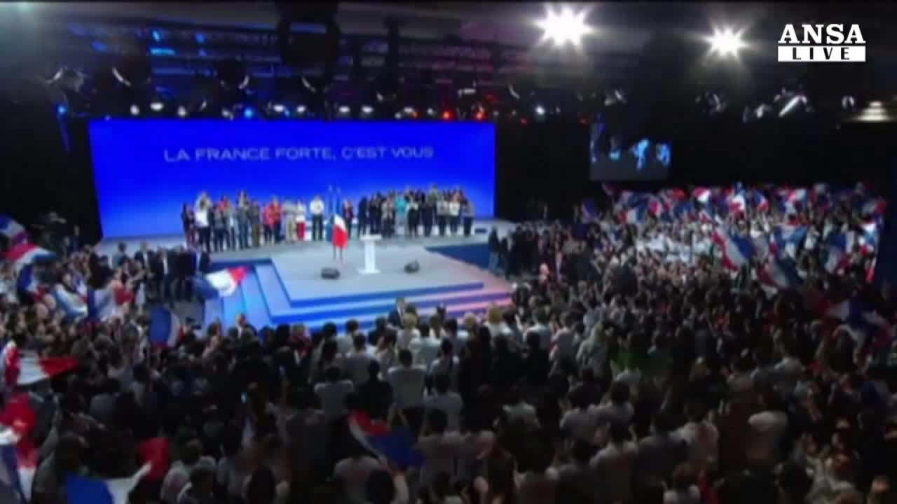 Sarkozy torna in campo,'candidato a presidenza Ump'