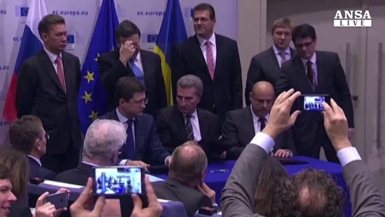 Firmato accordo Kiev-Mosca-Ue,gas 'sicuro' fino a marzo