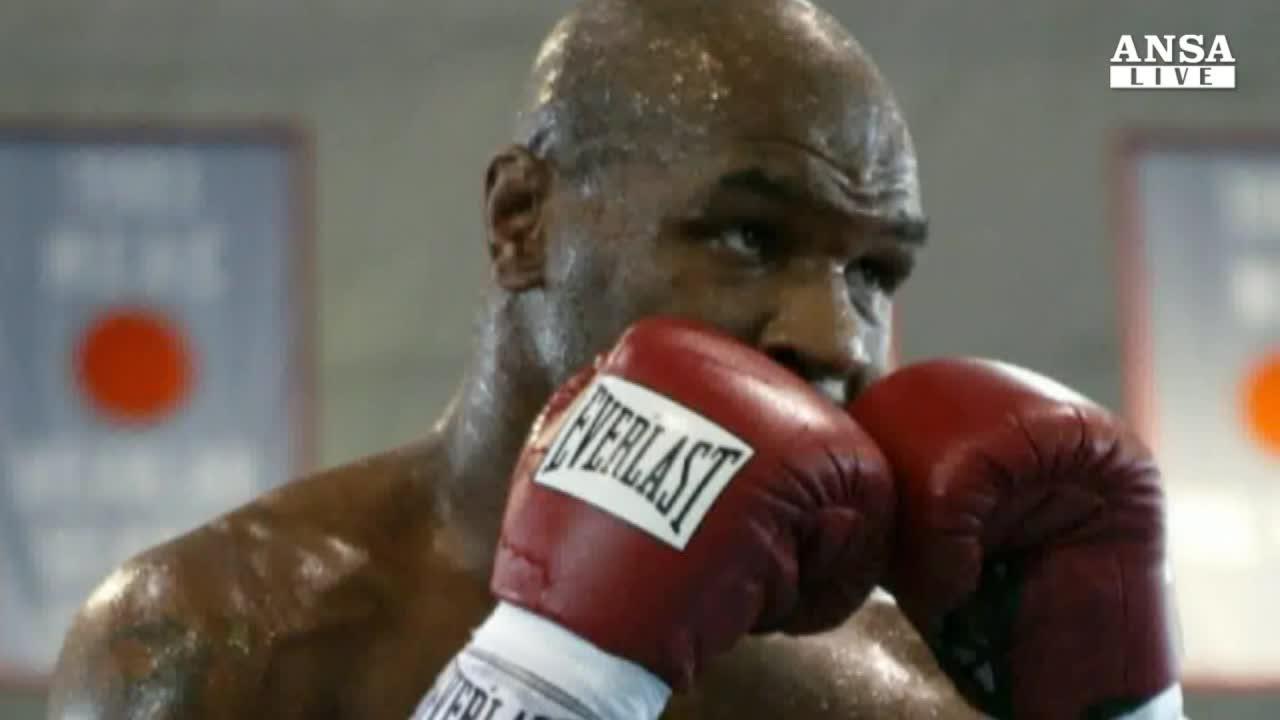 Tyson: a 7 anni sono stato violentato
