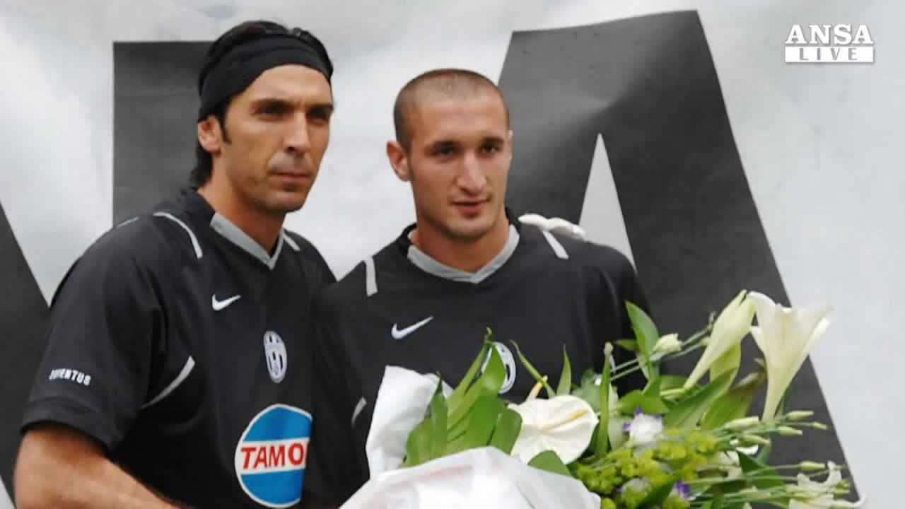 Buffon e Chiellini restano in bianconero