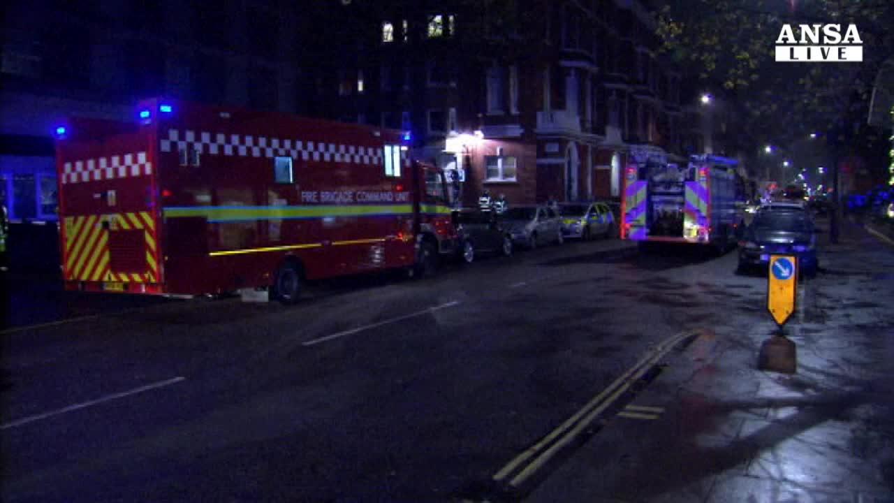 Esplosione all'Hyatt di Londra, 14 feriti