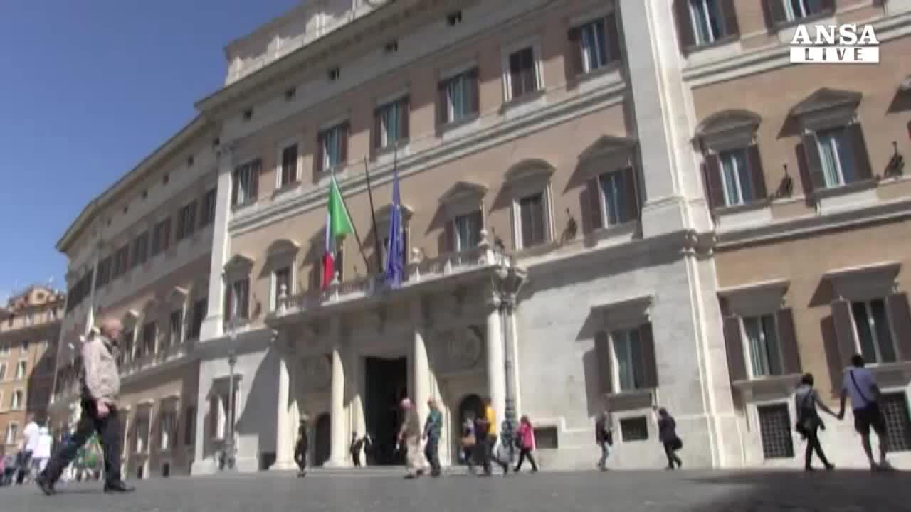 """Renzi difende """"suo"""" Pd;Landini si scusa,Fassina attacca"""