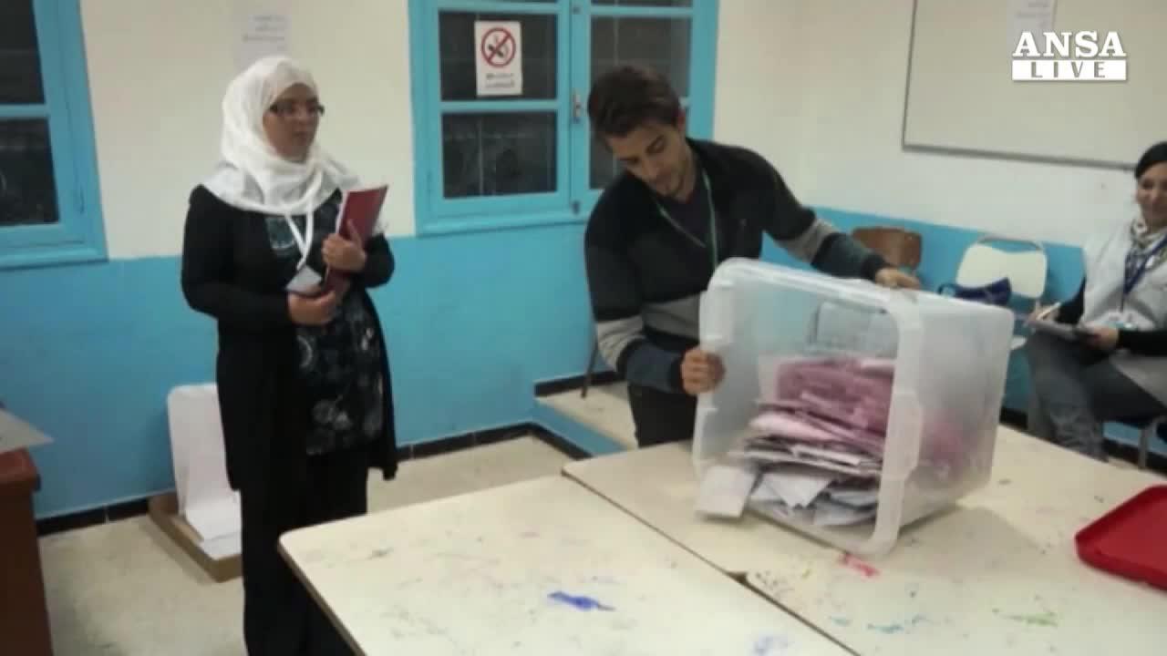 Tunisia verso ballottaggio Essebsi-Marzouki