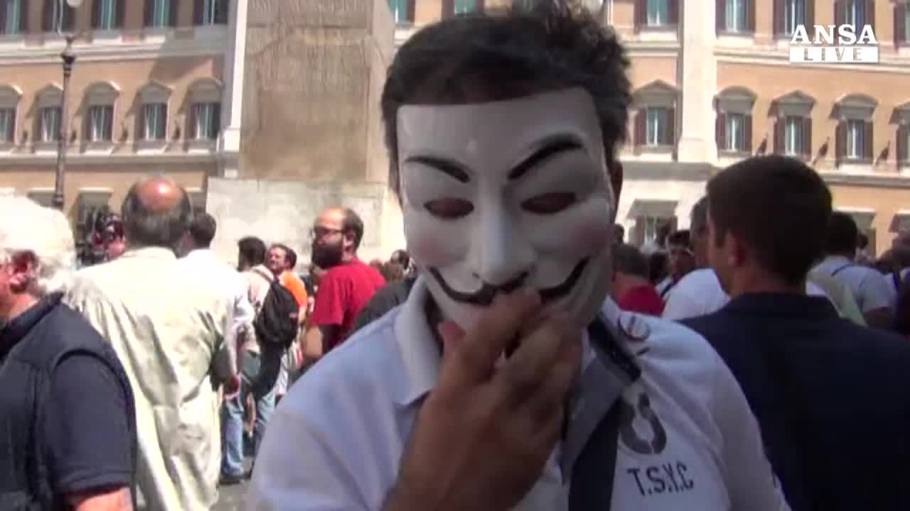 Dissidenti M5s si mobilitano, arriva la fatwa di Grillo