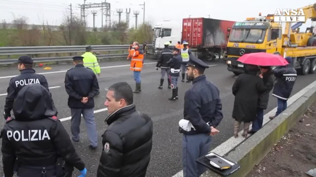 Tentata rapina a portavalori sulla A1, rapinatori in fuga