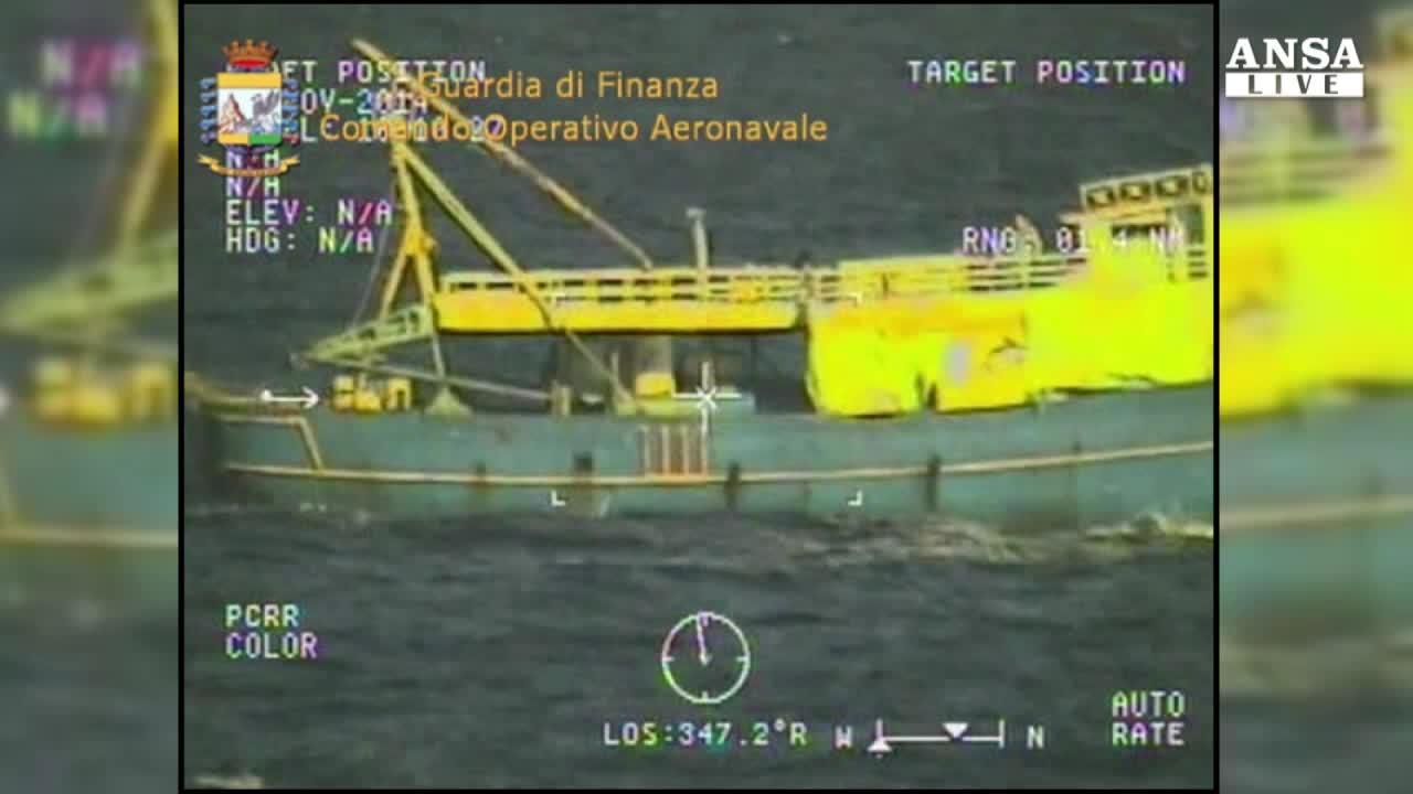 Operazione Triton, bloccate 15 tonnellate di droga a sud della Sardegna
