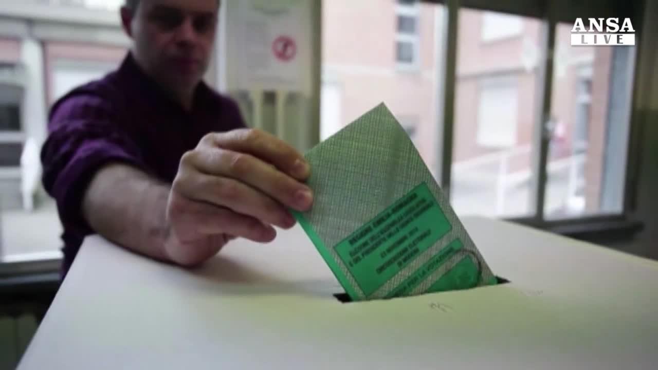 A maggio 2015 election day per Regioni e Comuni
