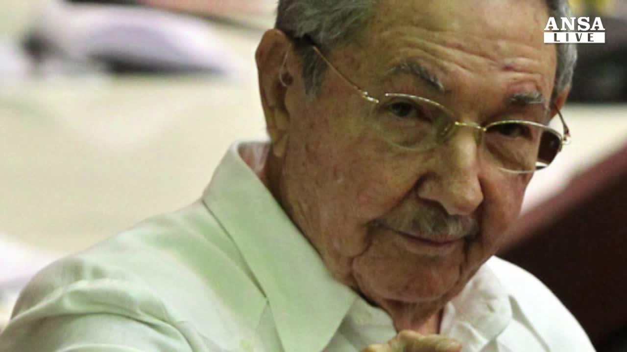 Castro: Cuba resta comunista