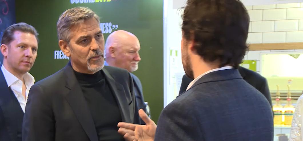 Os pais de George Clooney amam a nova cachorrinha deles