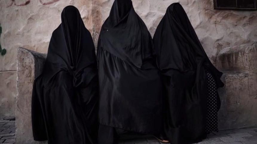 Isis, il paradosso delle donne occidentali che hanno scelto la jihad