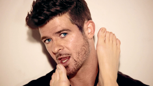 Robin Thicke's attempts to increase his visits to his six-year-old son have been dismissed by a judge