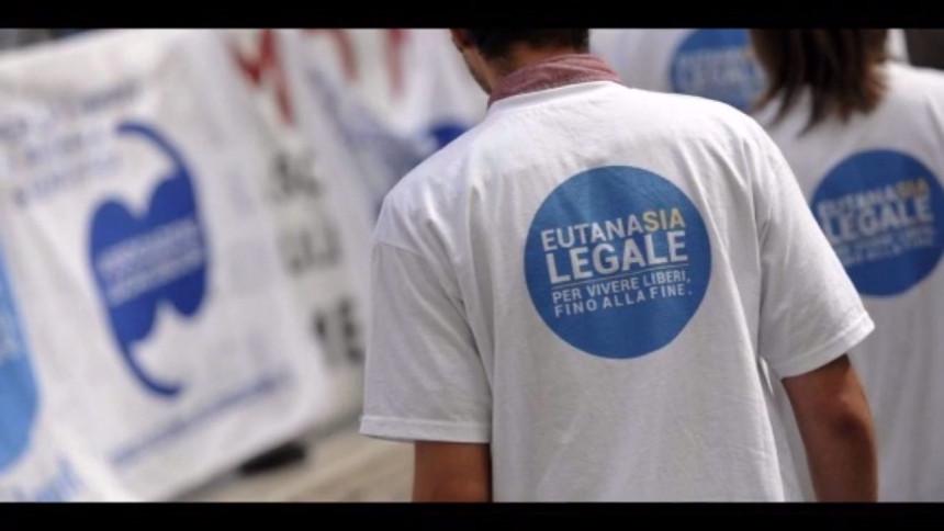 Eutanasia: la tragedia di Fabo riapre il dibattito su un 'diritto negato'