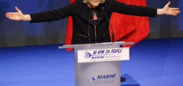 Video: No, el Frente Nacional no es un partido de extrema derecha