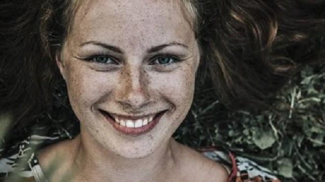 Vídeo: 8 'imperfeições' das mulheres que atraem muito os homens