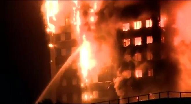 Sadiq Khan anuncia una exhaustiva investigación sobre las causas del incendio