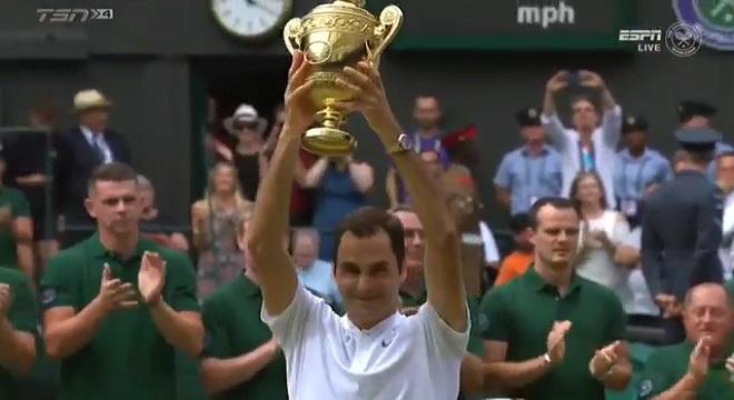 Roger Federer arrasa en la final de Wimbledon 2017