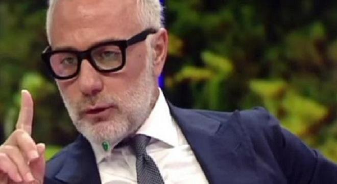 Video: Gianluca Vacchi? 'Pagato dai cugini per star lontano dall'Ima'